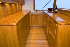 0012-21galley02