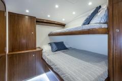 0014-C Up-bedroom-3