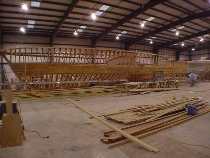 hull-129-ann-warrick_construction